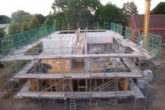 Strohhaus um Bauprozess